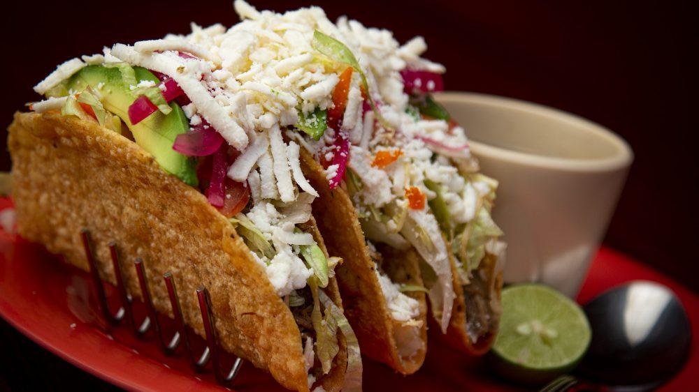 Comment préparer des tacos traditionnels?